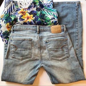 American Eagle 6 Petite Bootcut Jeans